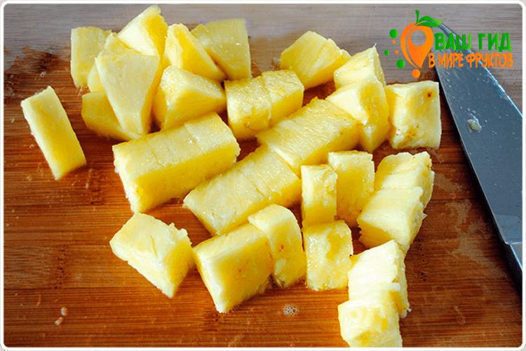 кубики ананаса